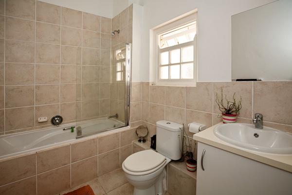 Urban Spin Bathroom
